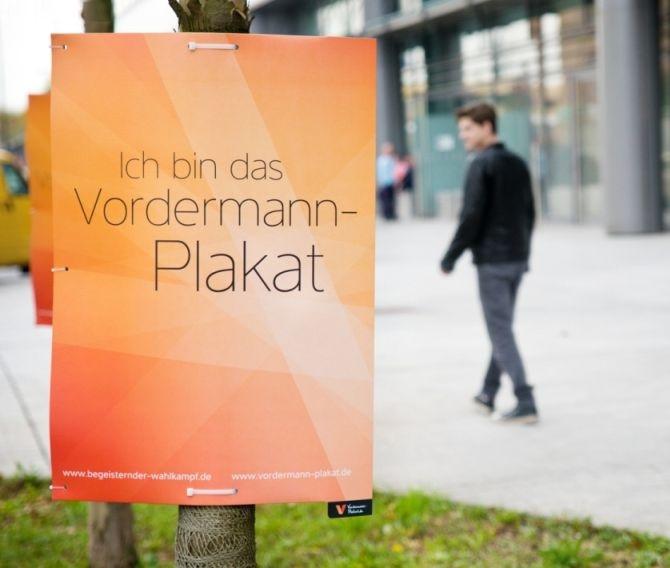 Vordermann-Plakat B1